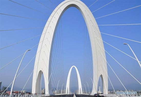 New Shougang Bridge opens to traffic in Beijing